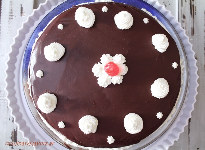 triple-chocolate-torte